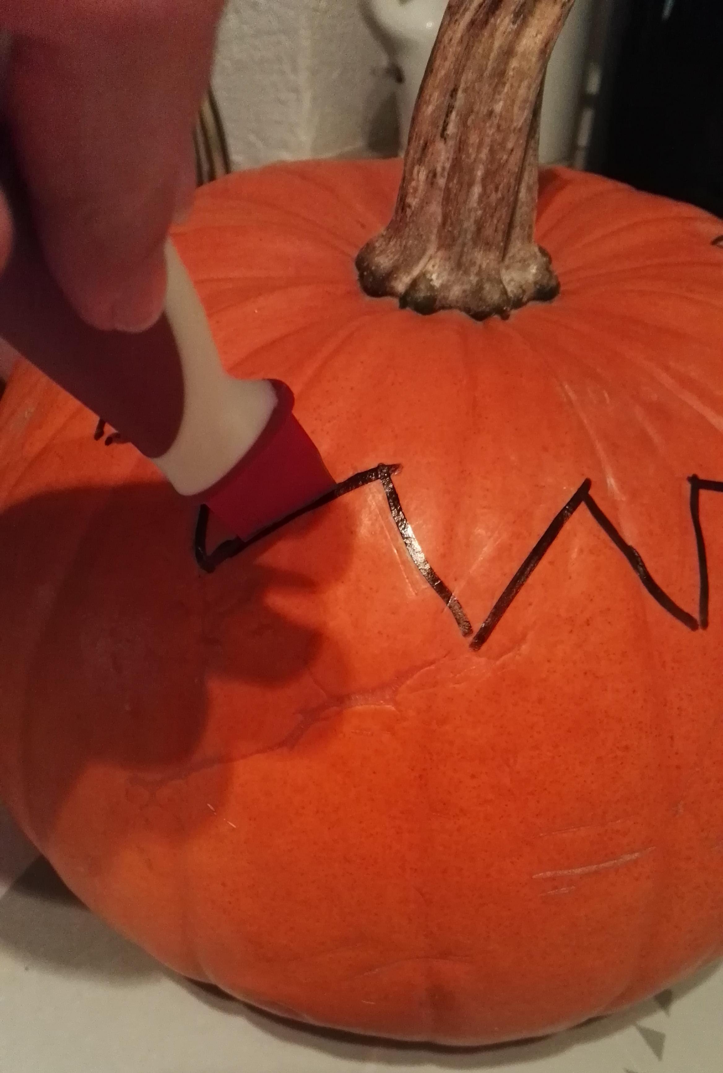 Halloween-Kürbis schnitzen leicht gemacht - studentenZONE