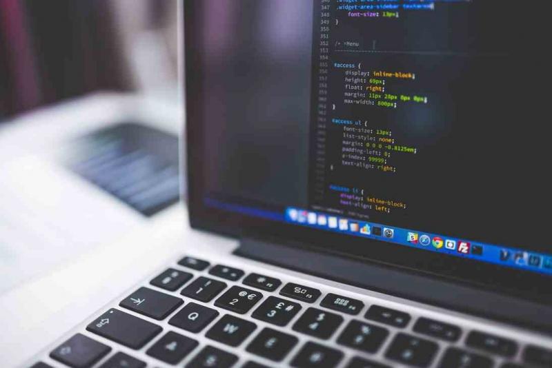Notebook mit CSS Code